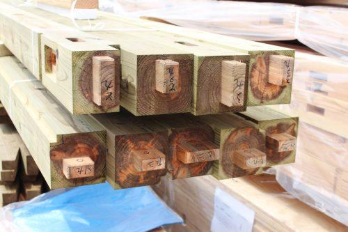 滋賀で家を建てる|ハウスガードシステムの緑の柱
