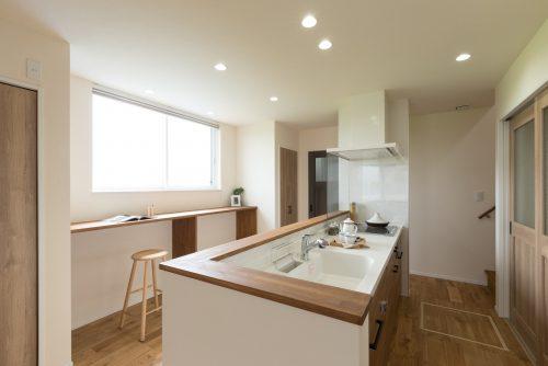 施工写真-キッチンの施工事例-滋賀で家を建てるなら注文住宅のARCH