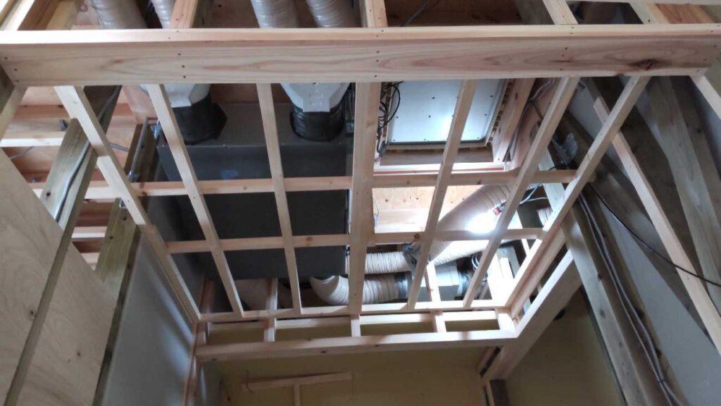 小田苅の家 上棟後、屋根の施工